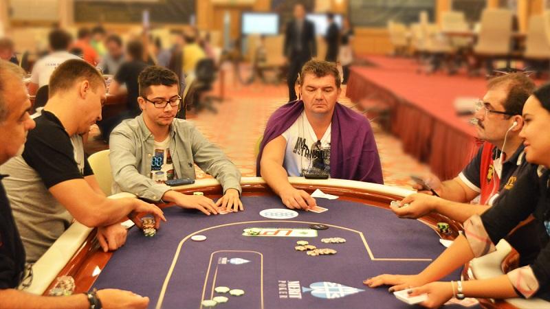 poker Texas Holdem, poker tournament, slot online, poker online, gambling, poker bonuses